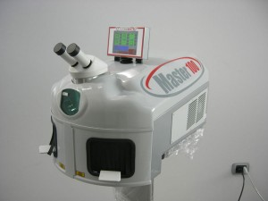 Laser Master 100